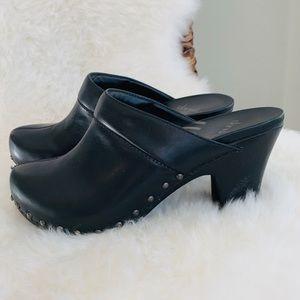 Dansko Rae Clog Black Leather Size 39